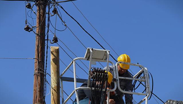 Повеќе скопски населби во понеделник и вторник без струја- некој населени места без електрична енергија и до 8 часа!