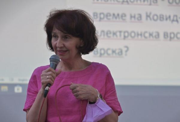 Силјановска на трибина во Кисела Вода: Образованието е слобода, образованието е можности, образованието е самодоверба