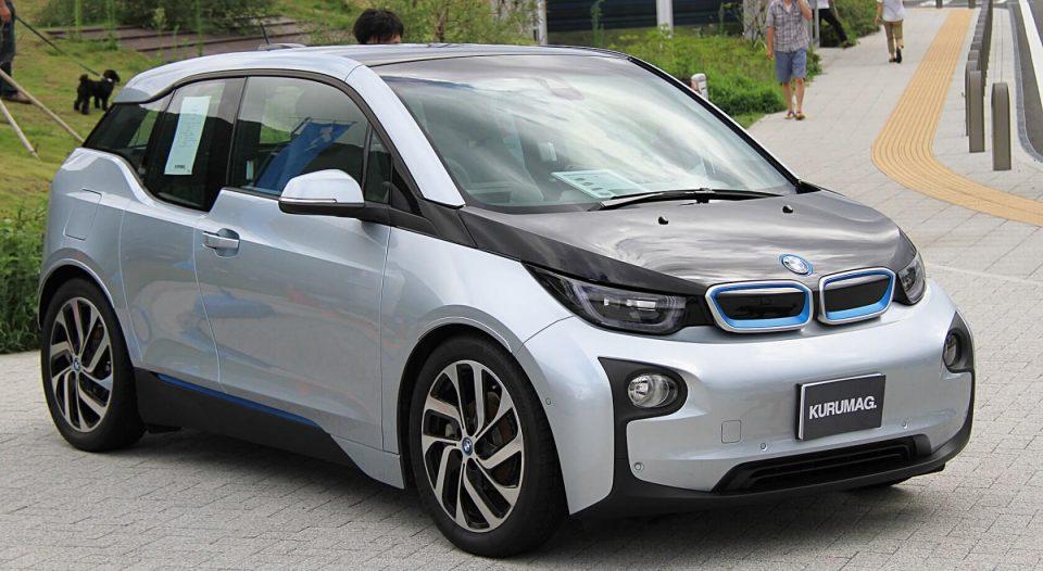 BMW планира до 2021 двојно да ја зголеми продажбата на електрични автомобили