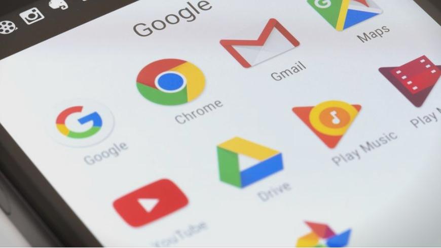 Гугл отстрани 17 апликации: Ако ги имате во телефонот, избришете ги веднаш!