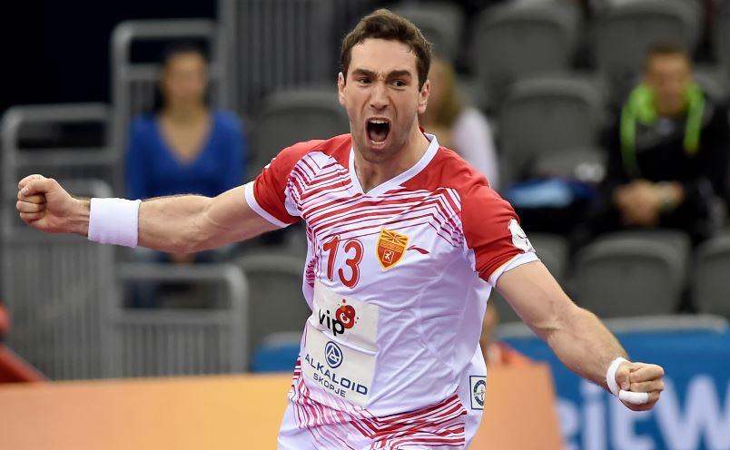 Вест на денот: И Миркуловски ќе игра за Македонија и ќе му помага на Кире!