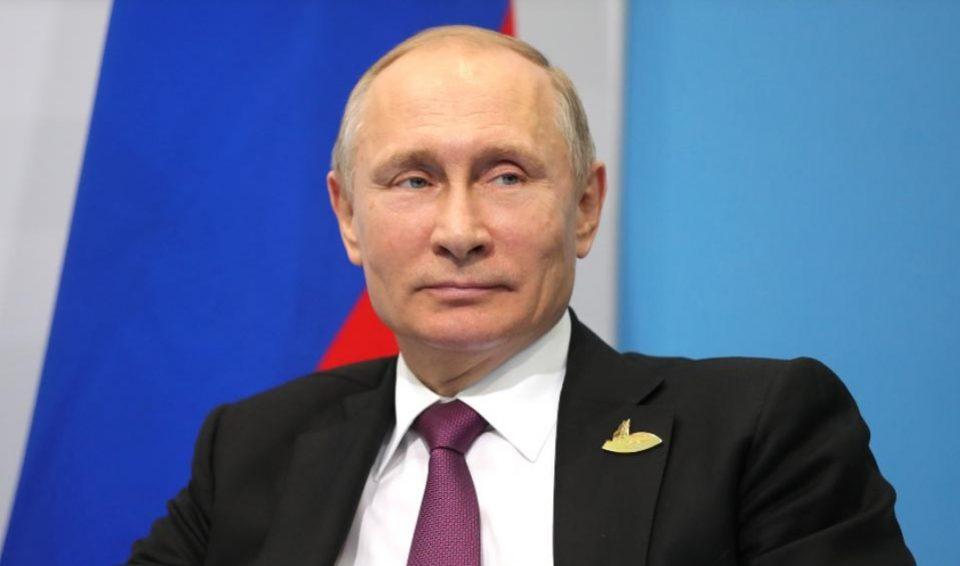 Путин објасни зошто не ја прими вакцината пред камера
