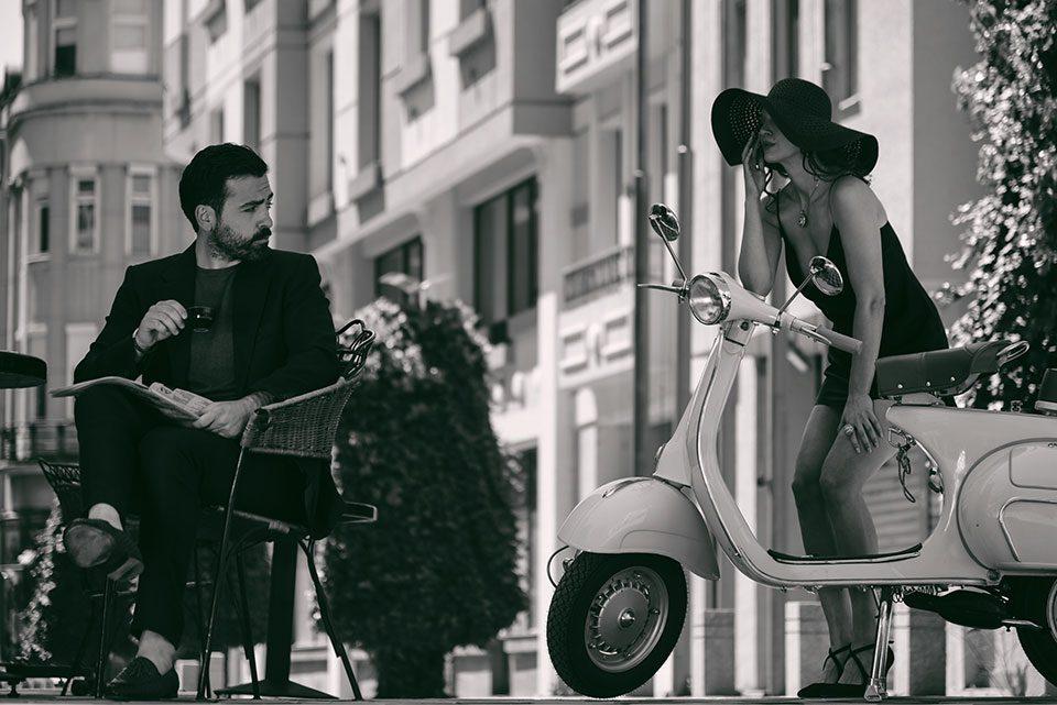 Боса нова е ритамот што возбудува во новиот спот на Павле Камилоски (ВИДЕО)